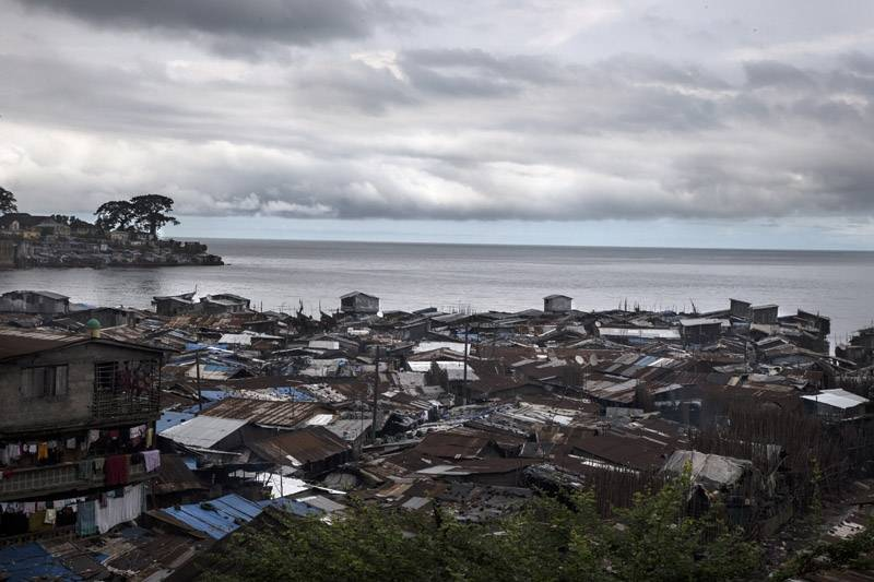 61_freetown_wharf_slum_2013_1561_800_550_100.jpg